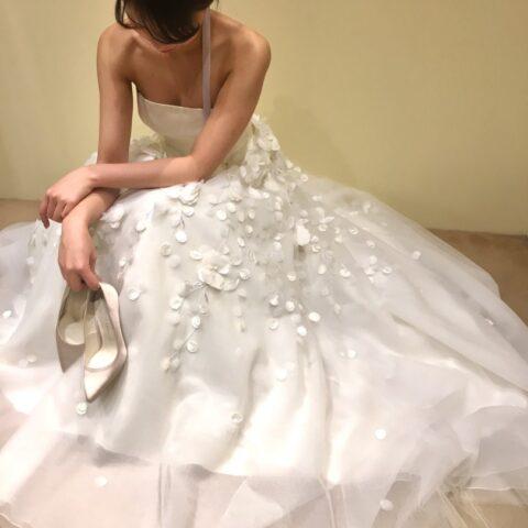 新作ドレス ウェディングドレス