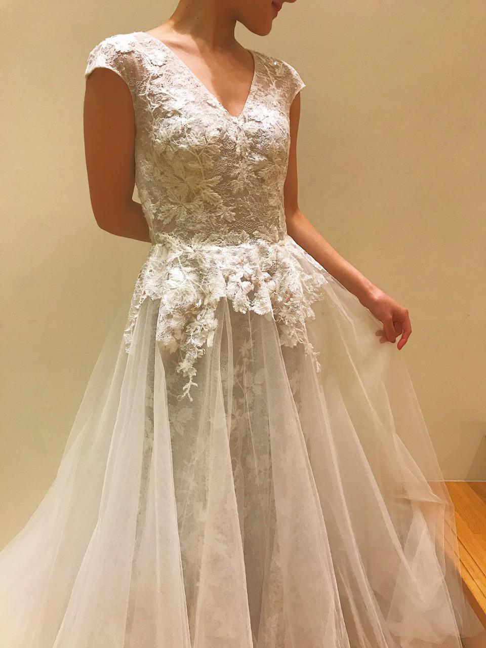 モニークルイリエ ウエディングドレス