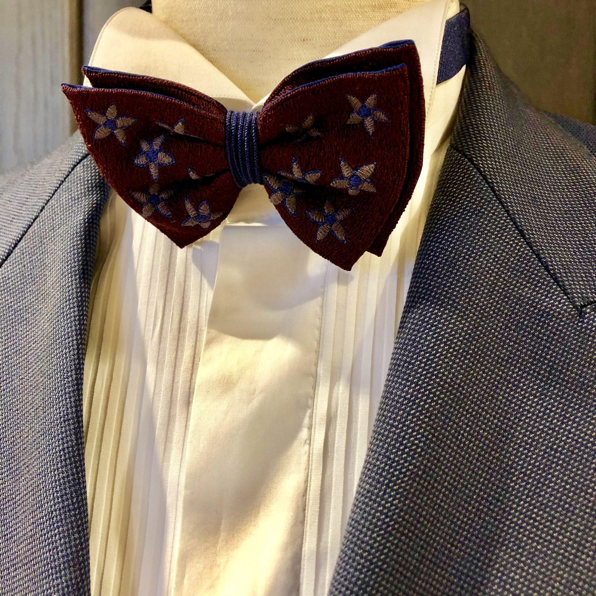 フォーチュンガーデン京都の新郎様におすすめのお色直しスタイル。Jupe by Jackie (ジュップ バイ ジャッキー)のタイ