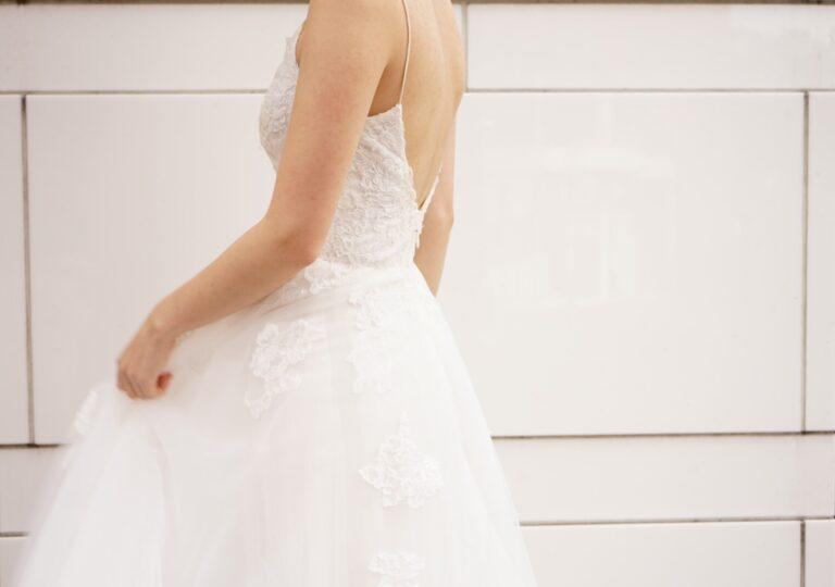 【横浜店限定ドレス】Monique Lhuillier(モニーク・ルイリエ)のご紹介