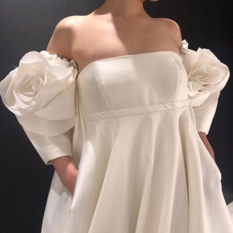 新作ウエディングドレス