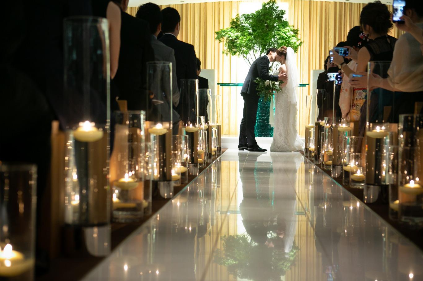 唯一無二のデザインのウェディングドレスで結婚式を迎えられたご新婦様