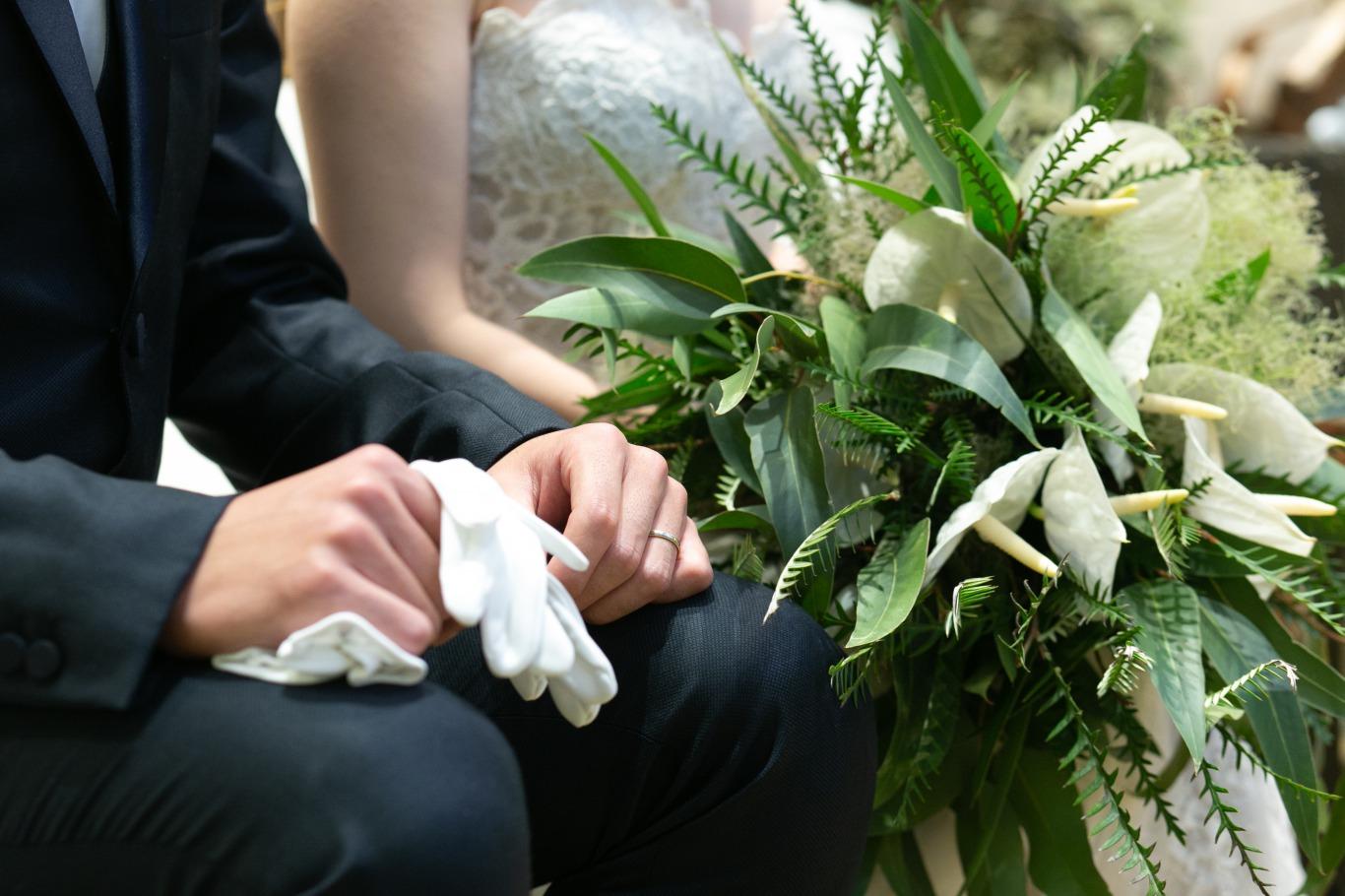 FURIANの結婚式にぴったりのアンスリウムブーケを使用したトータルコーディネート