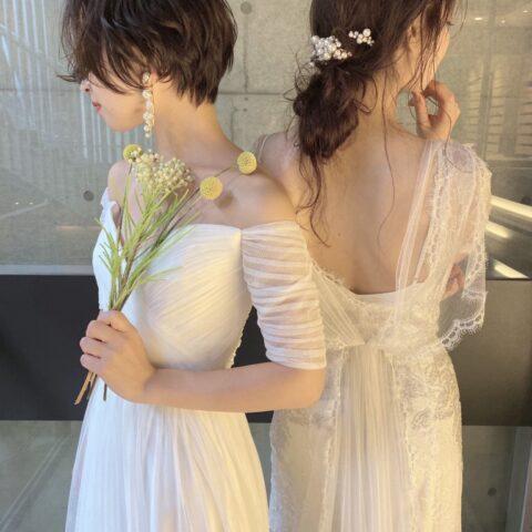 ジェニーパッカムのドレスに合うパールモチーフのイヤリングとヘッドアクセサリー