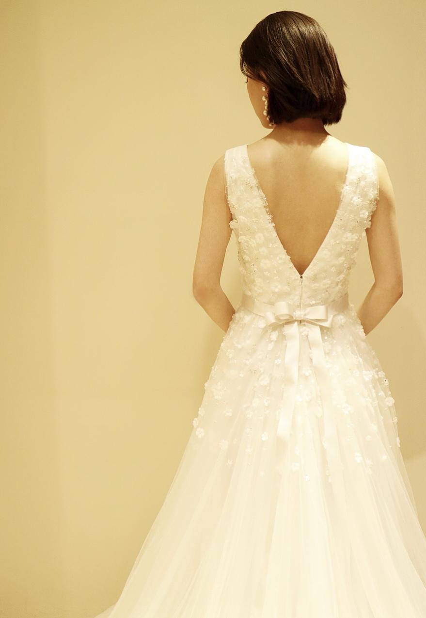 ザ トリートドレッシング京都店にてお取り扱いをしている新作のジェニーパッカムのウエディングドレス