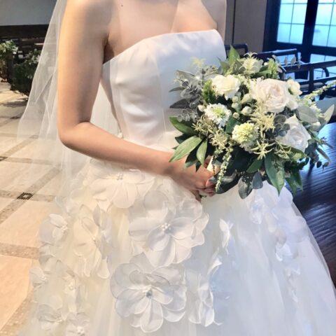 フォーチュンガーデン京都でお式を挙げられる新婦様にご紹介したい3Dフラワーが印象的なウェディングドレス