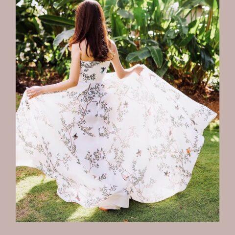 田中麻衣様のご結婚式にてお召いただいたザトリートドレッシングのウェディングドレス。