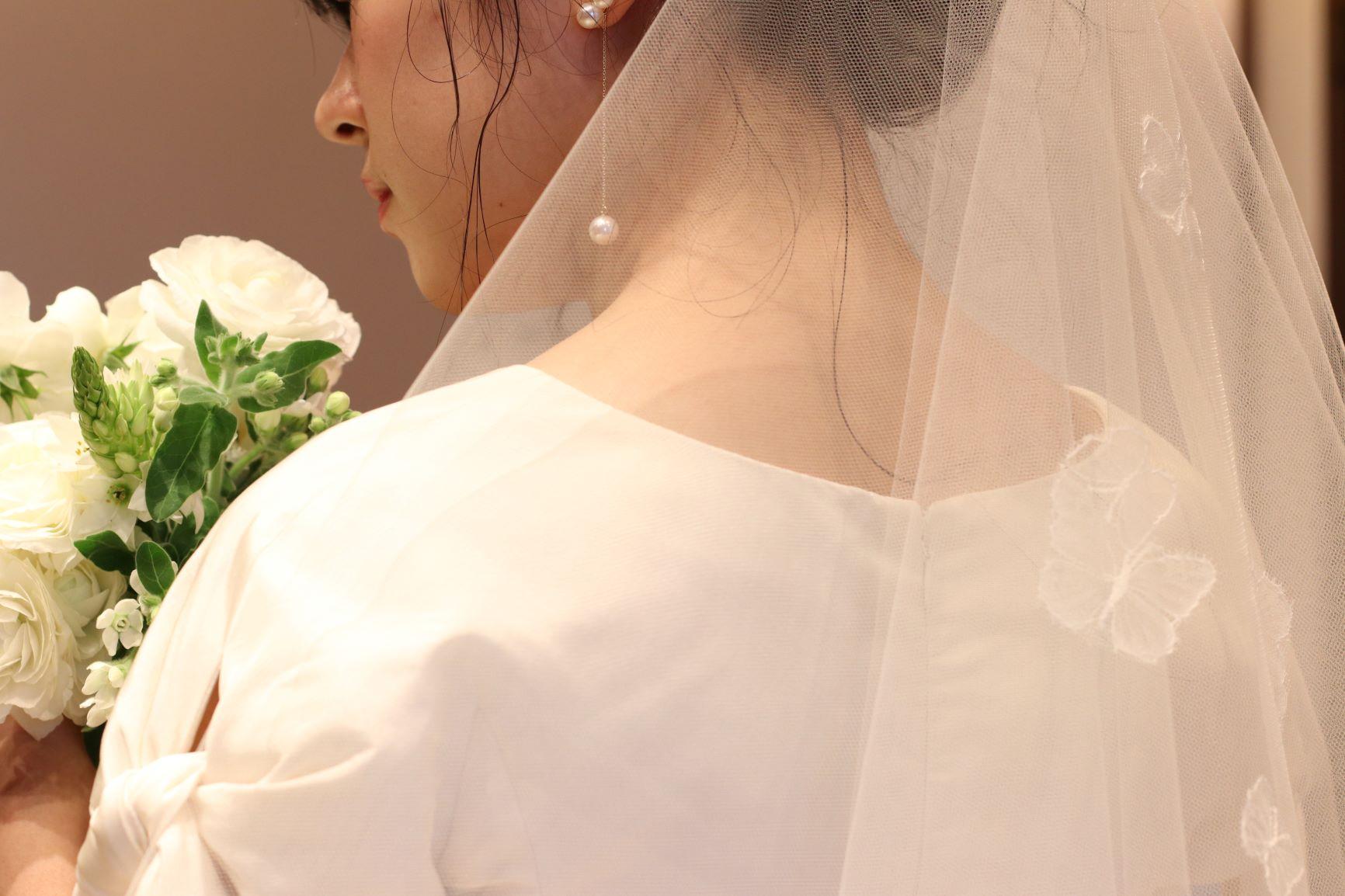 赤坂プリンスクラシックハウスでの少人数ウエディングでお召いただきたいウエディングドレスをトリートがご紹介