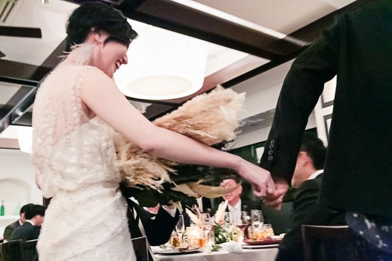 ザナンザンハウスでジェニーパッカムのドレスをお召になられたお二人のパーティーの様子