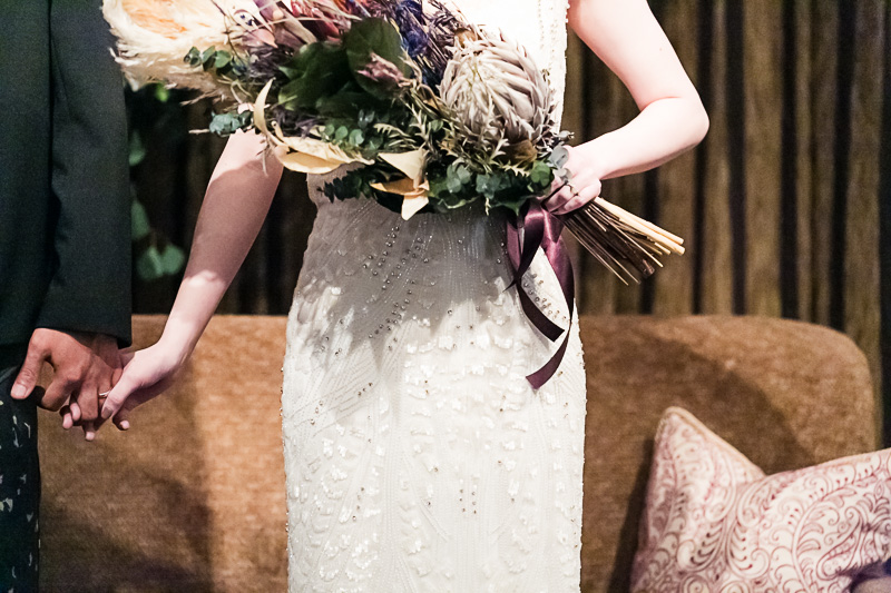 ジェニーパッカムのドレスをお召になられたご新婦様のパーティーの様子