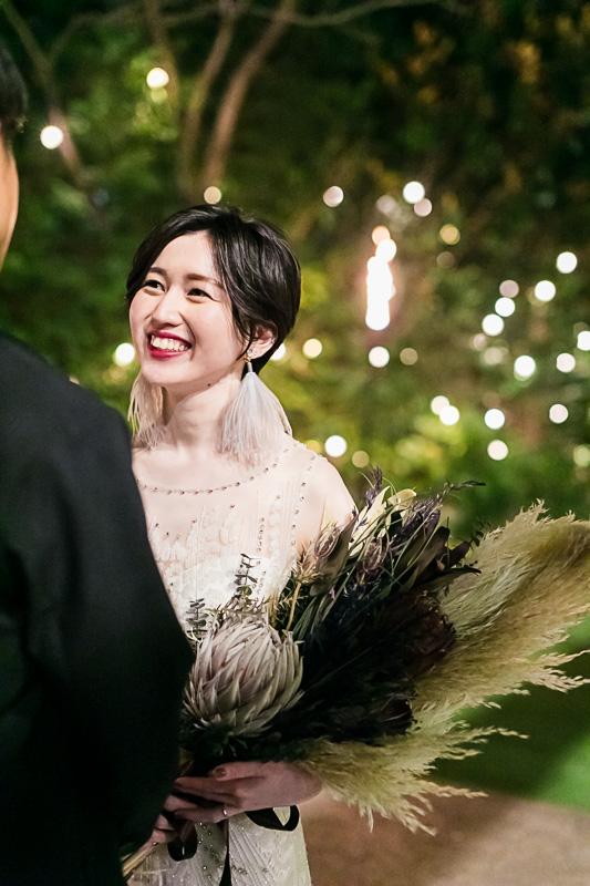 ザナンザンハウスでジェニーパッカムのウエディングドレスをお召になられたご新婦様のコーディネート