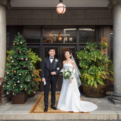 藤屋御本陳でこだわりのドレスに身を包む花嫁様。
