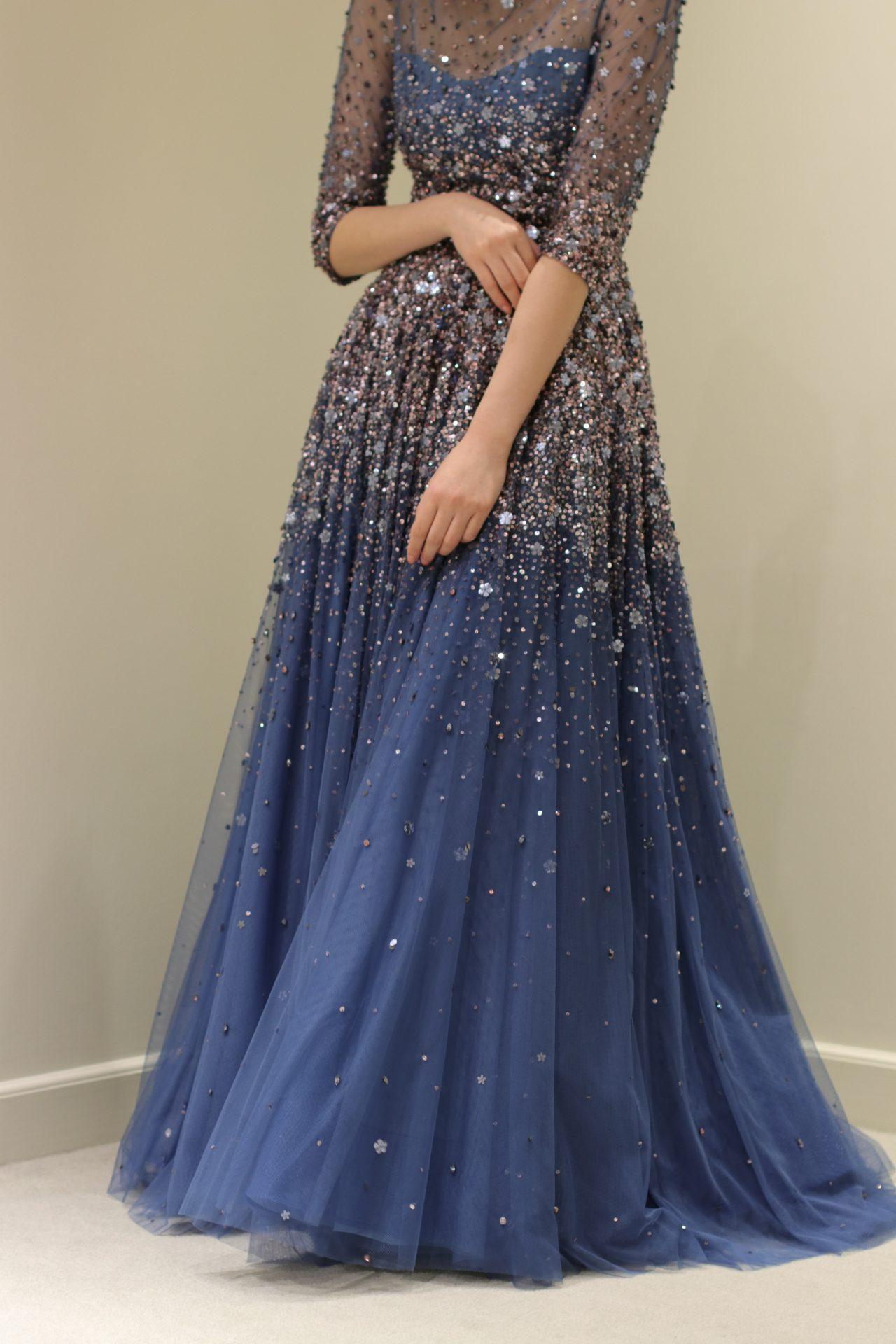 トリートドレッシングが少人数ウエディングドレスにおすすめしたいビジューやスパンコールの美しいジェニーパッカムの新作カラードレス