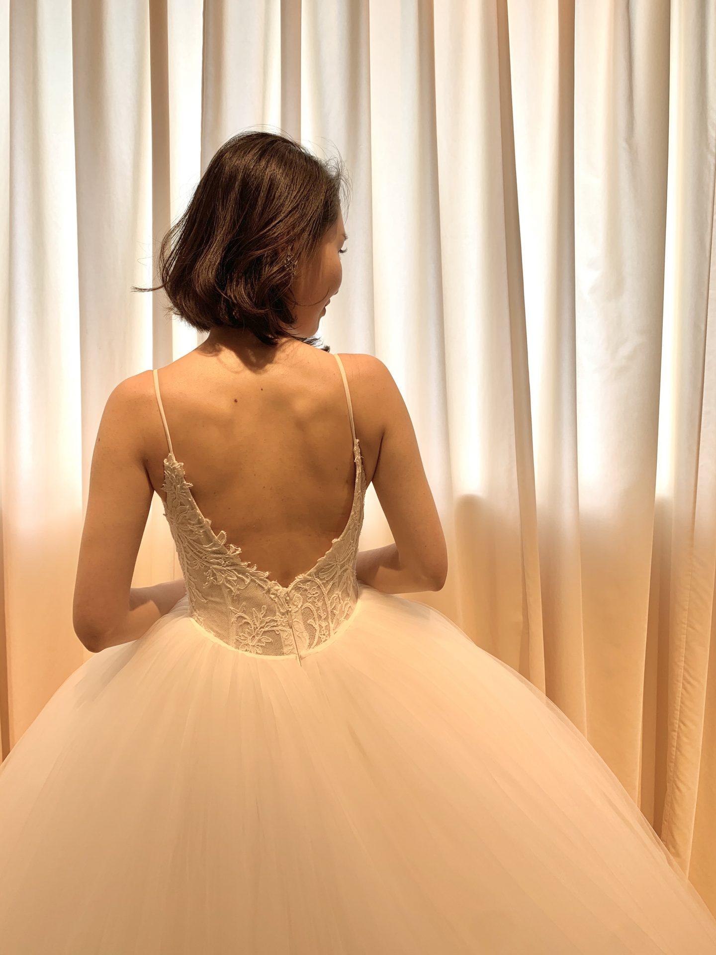 フォーチュンガーデン京都で結婚式を挙げられる花嫁様にご紹介したい繊細なレースデザインの美しいウェディングドレス