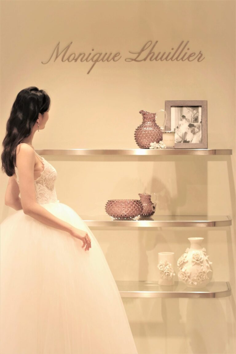 ウェディングドレスのご紹介~Monique Lhuillier(モニーク・ルイリエ)~