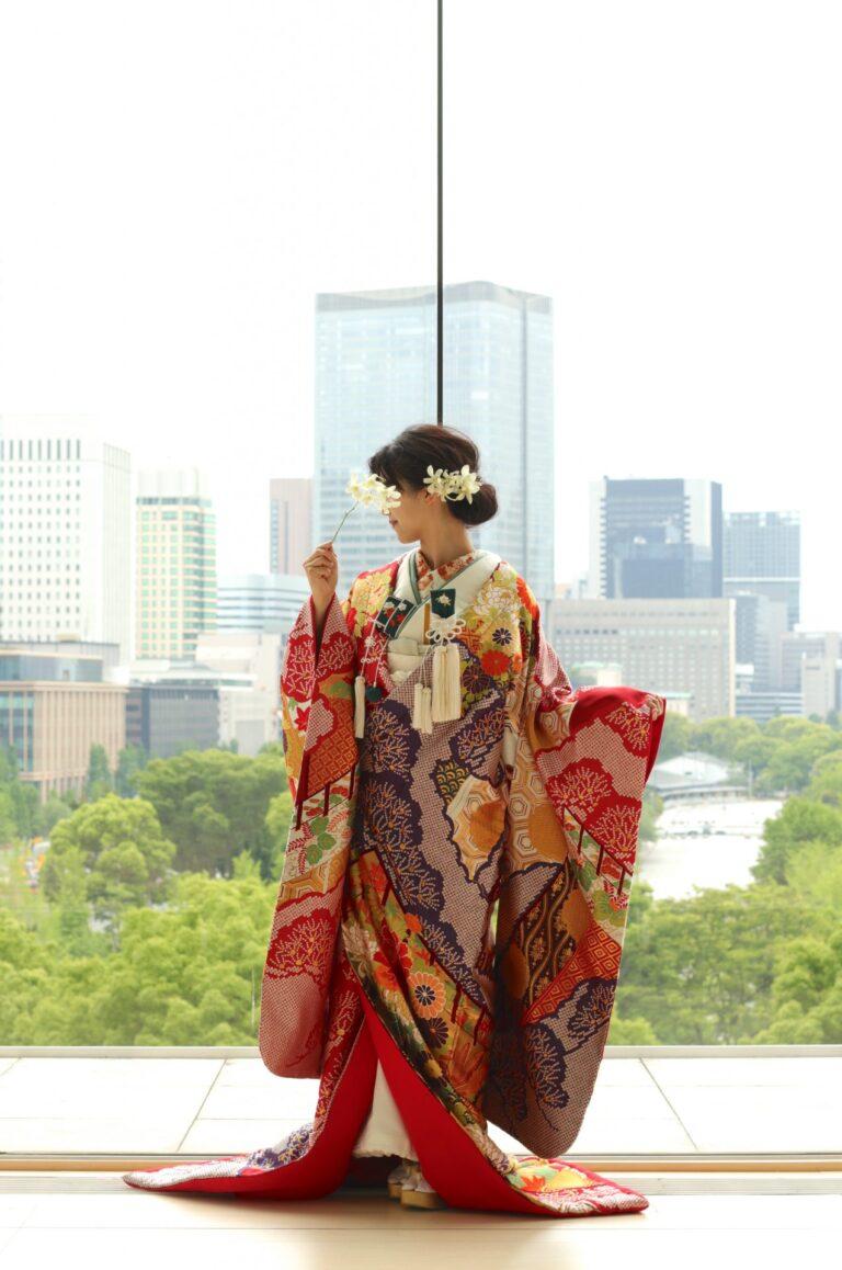 PALACE HOTEL TOKYO(パレスホテル東京)チャペル前撮りの魅力~色打掛~