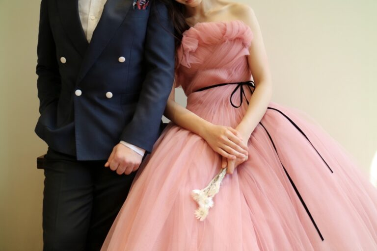 カラードレスに合わせたParty styleのご提案 ~Monique Lhuillier(モニーク・ルイリエ)~