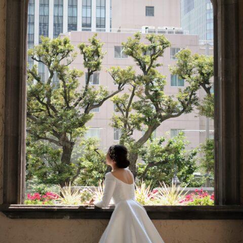 THETREATDRESSING ADDITION店にトレンドであるクラシックかつロイヤルな印象の大人気ブランド、リームアクラの新作のウェディングドレスが入荷いたしました。