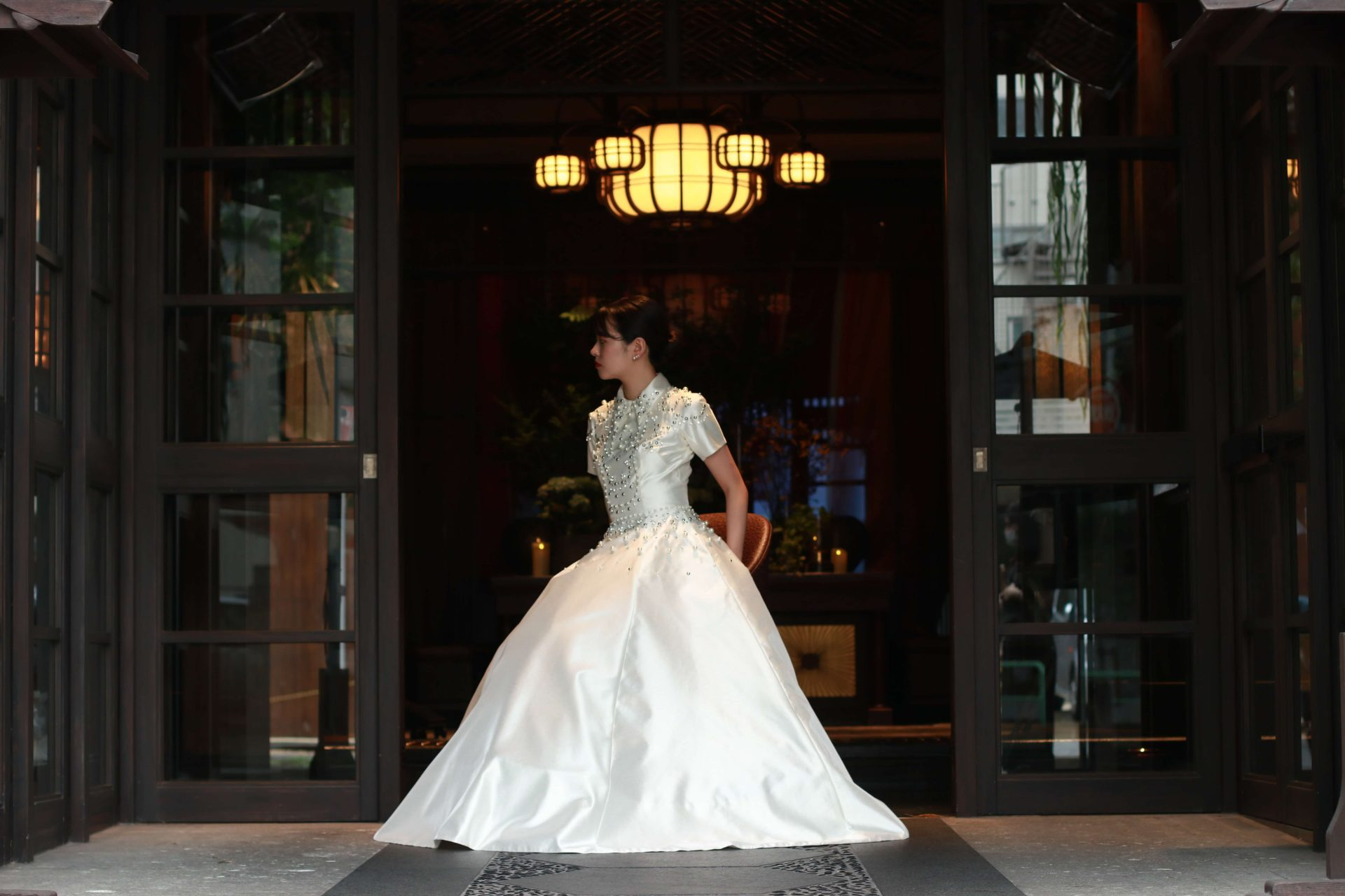 THE KAWABUN NAGOYAでのお式と前撮りにおすすめのVIKTOR&ROLF MARIAGEのウェディングドレス