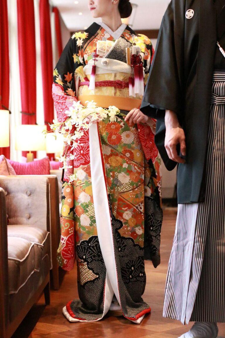 赤坂プリンスクラシックハウスにおすすめの和装のご紹介~黒地・紫地の本振袖~
