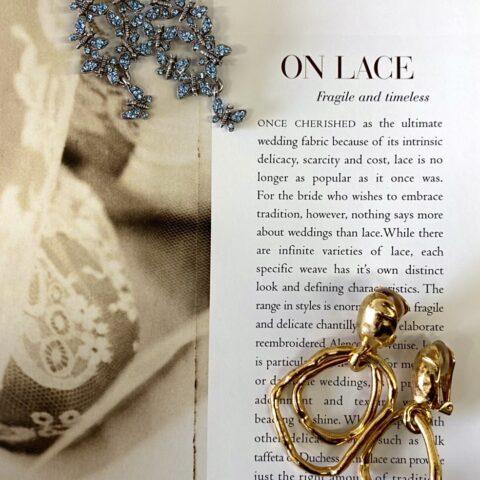卒花嫁様にも人気のオスカーデラレンタから新作のイヤリングが入荷し、ザ・トリートドレッシング限定のイヤリング