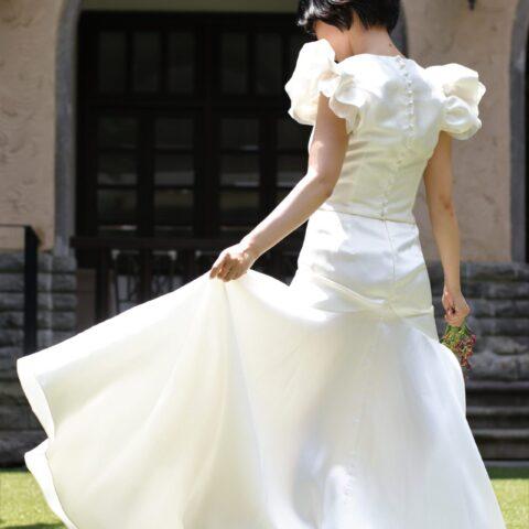 お洒落なイギリスの花嫁に大人気のハーフペニー・ロンドンのマーメイドラインのセパレートドレスがTHETREATDRESSINGに新作で入荷いたしました