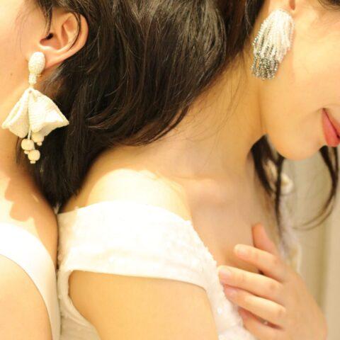 東京表参道の人気ドレスショップ、THETREATDRESSINGではショートカットのヘアスタイルもロングヘアにも映えるおしゃれなコーディネートをご提案させていただきます。