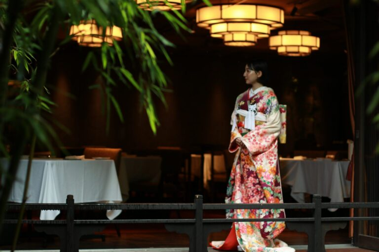 THE KAWABUN NAGOYA(ザ・カワブン・ナゴヤ)におすすめの和装コーディネートのご紹介~緑地の色打掛・赤紫地の本振袖~