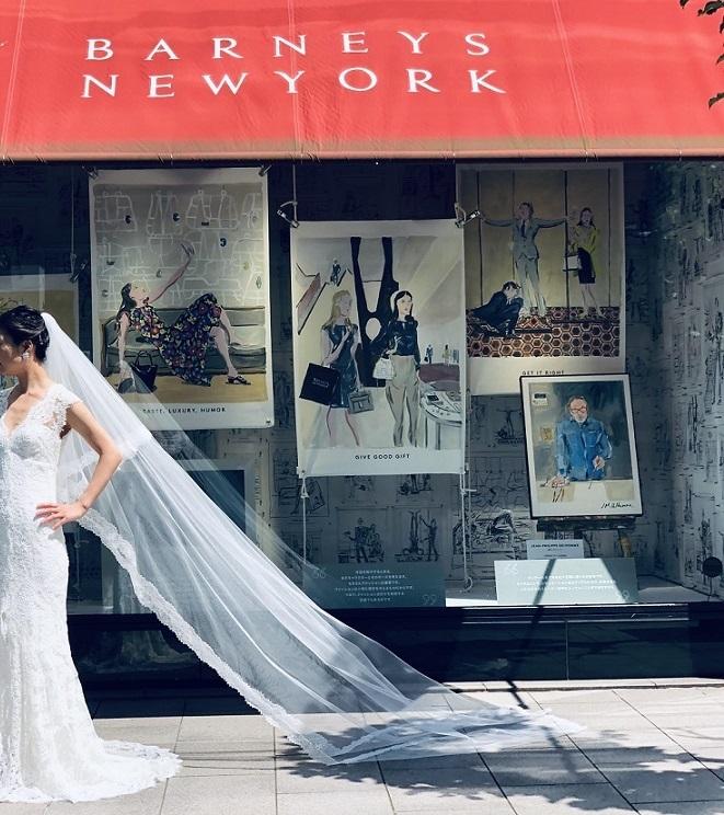バーニーズニューヨーク横浜店らしいお洒落なレンタルウェディングドレスを豊富にラインナップ