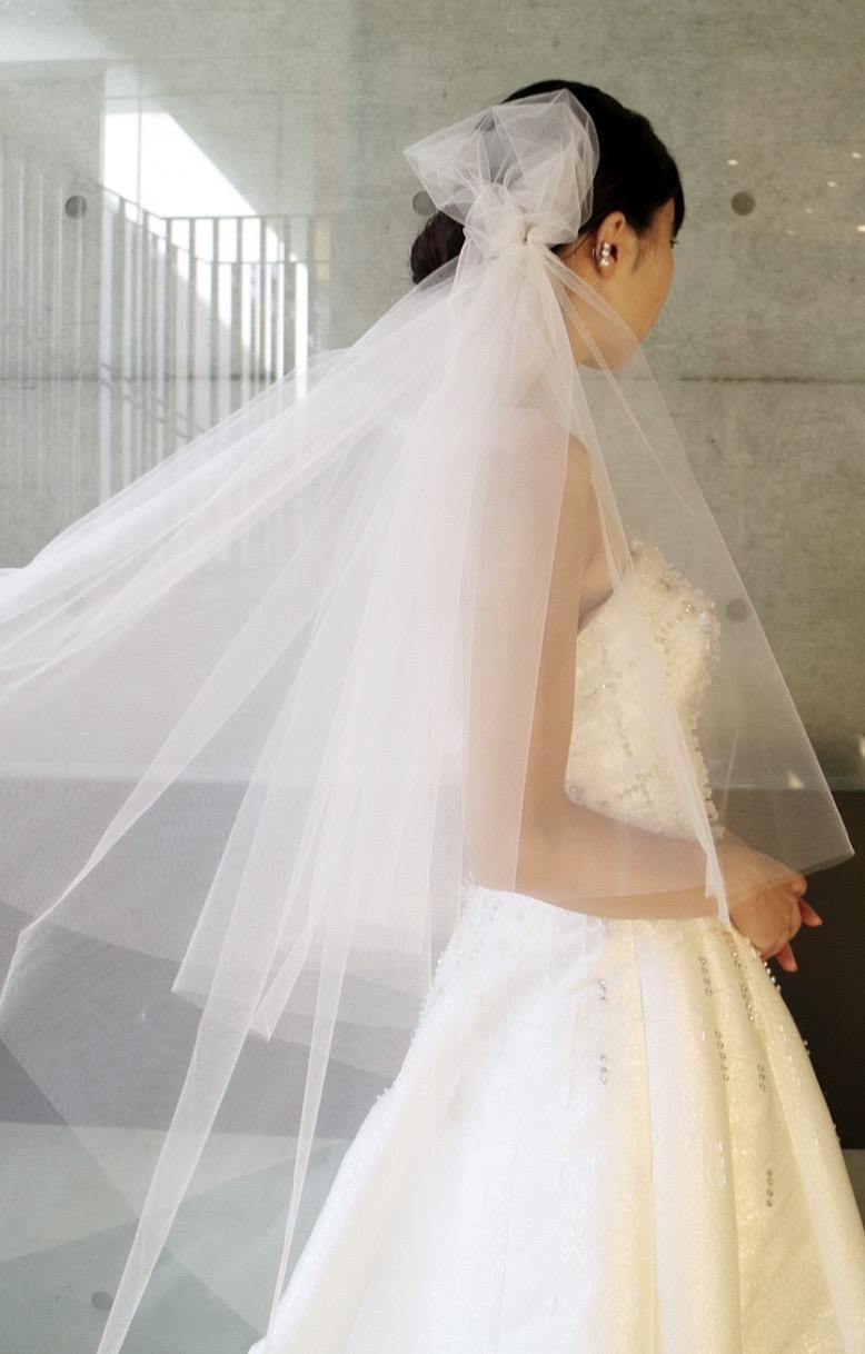 ザ・トリート・ドレッシング京都にてお取り扱いをしているビクターアンドロルフマリアージュのビジューが煌びやかなAラインのウエディングドレス