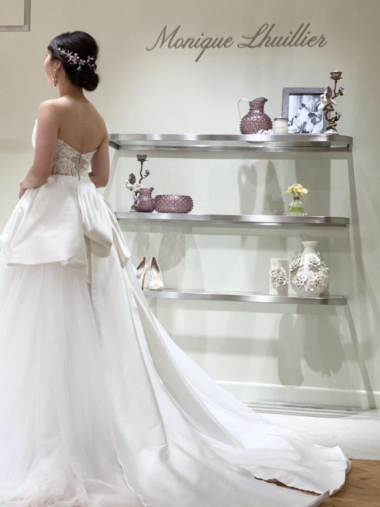 元なでしこジャパン代表の丸山桂里奈さんに結婚記者会見にてご着用いただいたウェディングドレスはTHETREATDRESSINGアディション店にてご用意しております