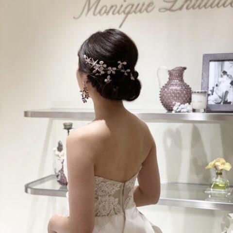 元なでしこジャパン代表の丸山桂里奈さんに結婚記者会見にてご着用いただいたウェディングドレス。
