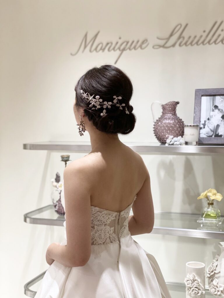 ~Monique Lhuillier(モニーク・ルイリエ)~ ウェディングドレスのご紹介