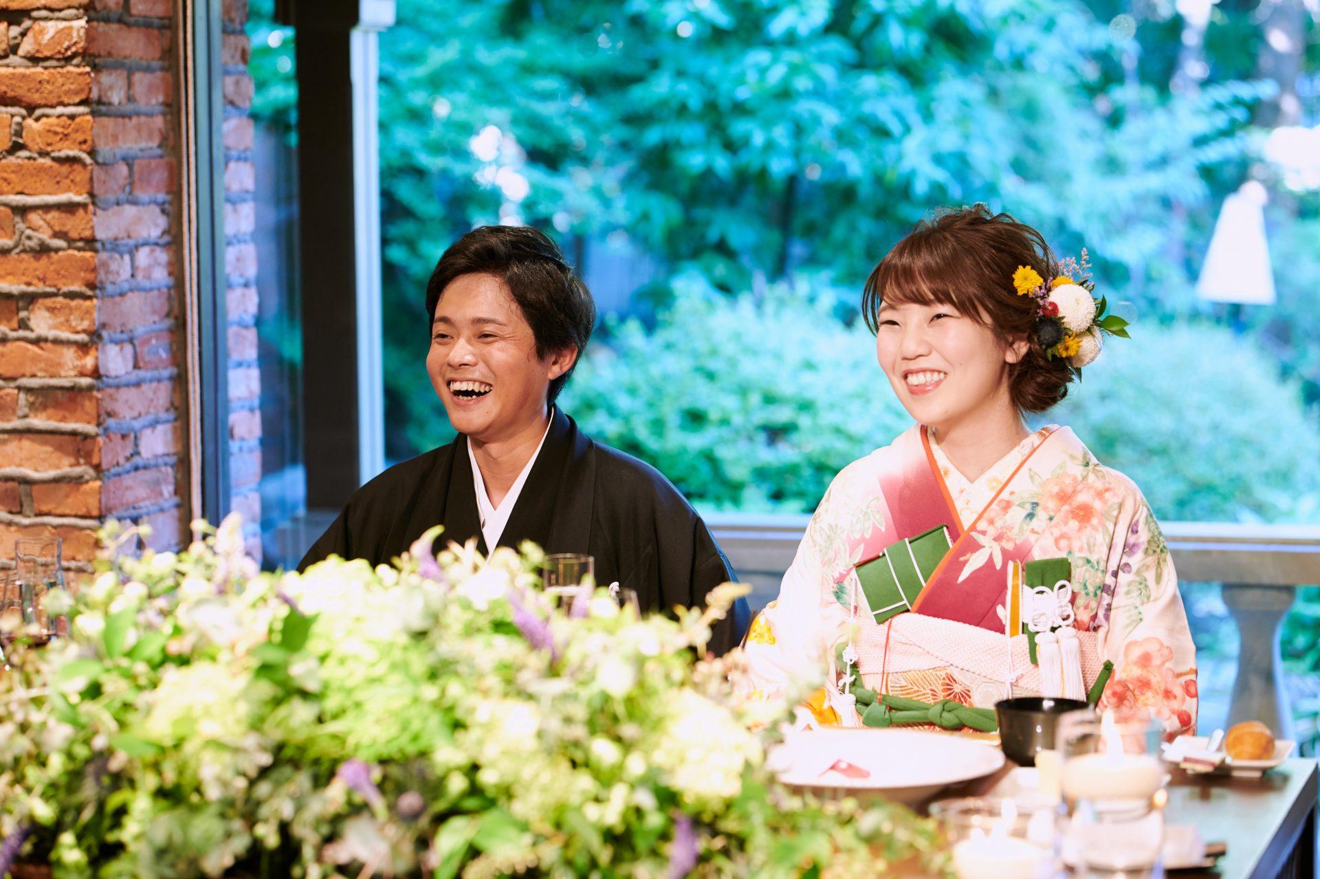 日本庭園を眺め迎える長野での結婚式。善光寺でのフォトウェディング、撮影でも映える和装を取り揃えています。