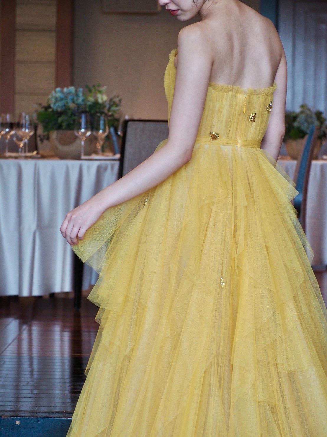 ザ・トリート・ドレッシング神戸店にお取り扱いのあるリーム・アクラのカラードレスのご紹介