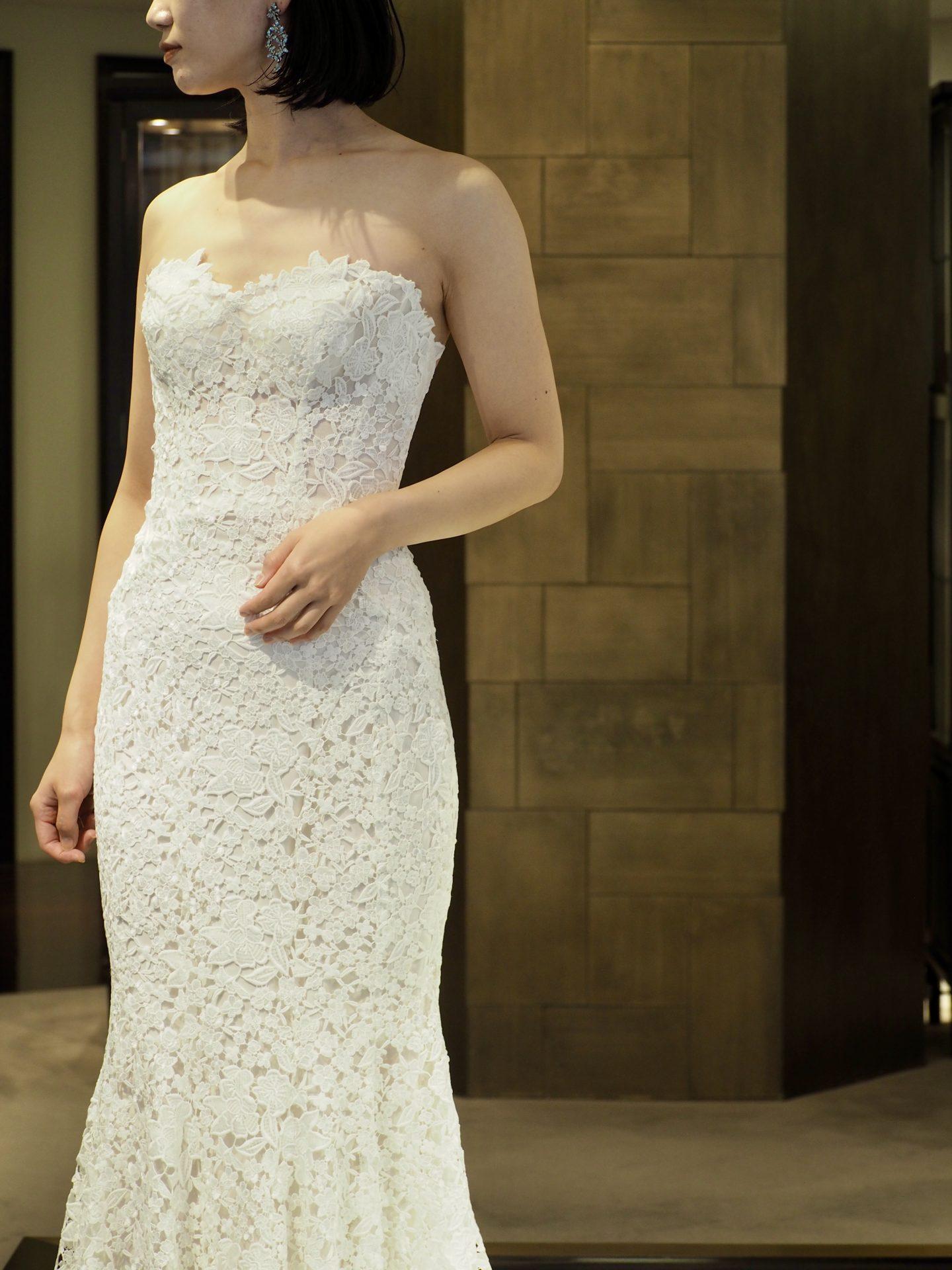 トリートドレッシング神戸店にてお取り扱いのある女性らしいシルエットが綺麗なマーメイドドレスのご紹介