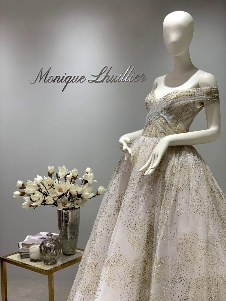 Monique Lhuillier(モニーク・ルイリエ)のインショップがオープン
