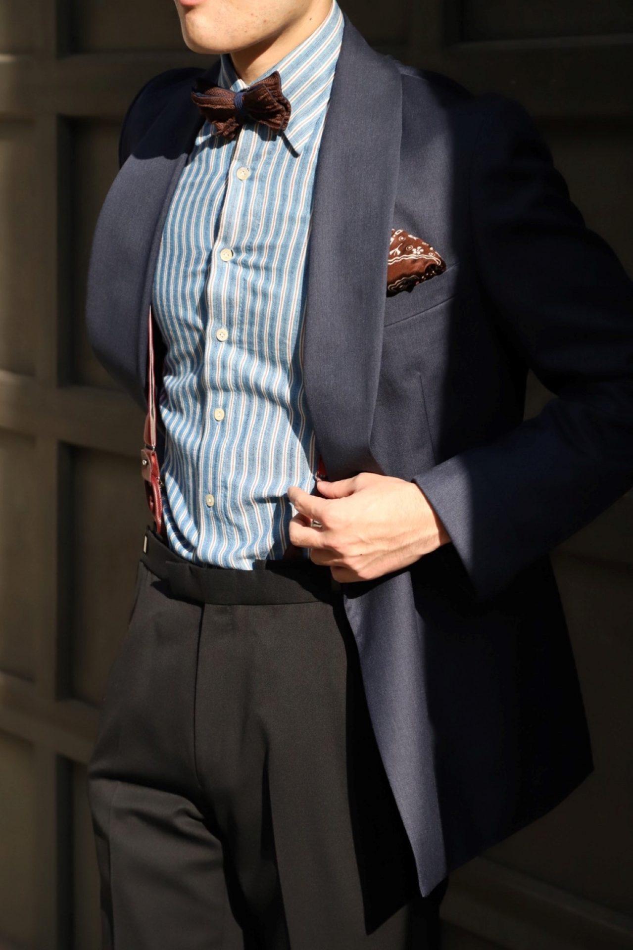 ハンドレッドハンズ(100HANDS)のネイビーのシャツはトリート・ジェントルマンが取り扱うハイエンドなタキシードに合うドレスシャツです。