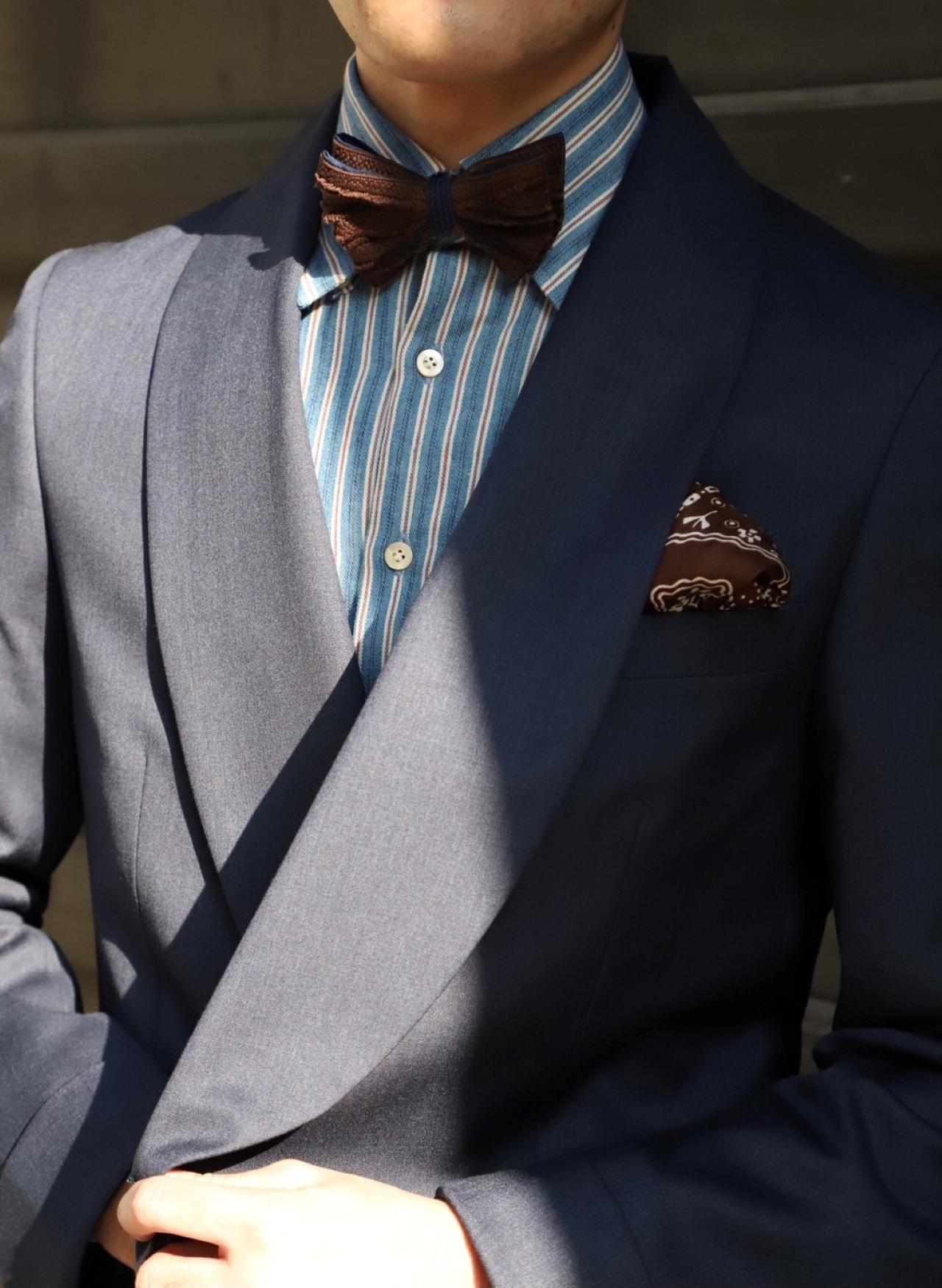 ザ・トリート・ドレッシングが提携するオリエンタルホテル神戸など格式の高い結婚式でのお色直しのスタイルは、ハンドレッド(100HANDS)のネイビーのドレスシャツを使ったパーティスタイリングがおすすめです。