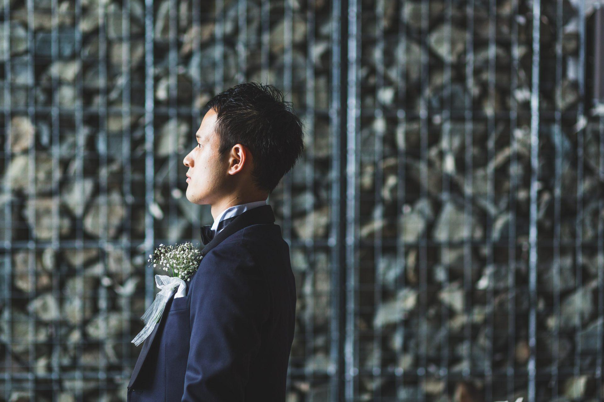 THE TREAT DRESSING神戸店がおすすめするTREAT GEANTLEMANのオーダータキシードを身に纏われたご新郎様