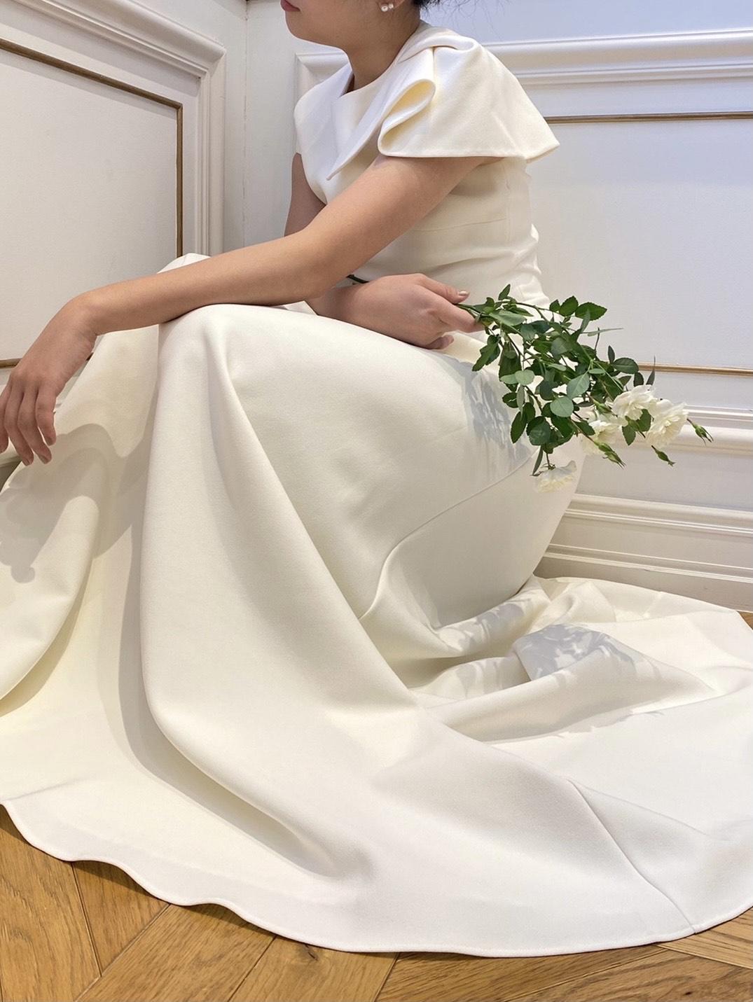 おしゃれなインポートのウェディングドレスがお好きな新婦様におすすめのサフィーヤのウェディングドレス