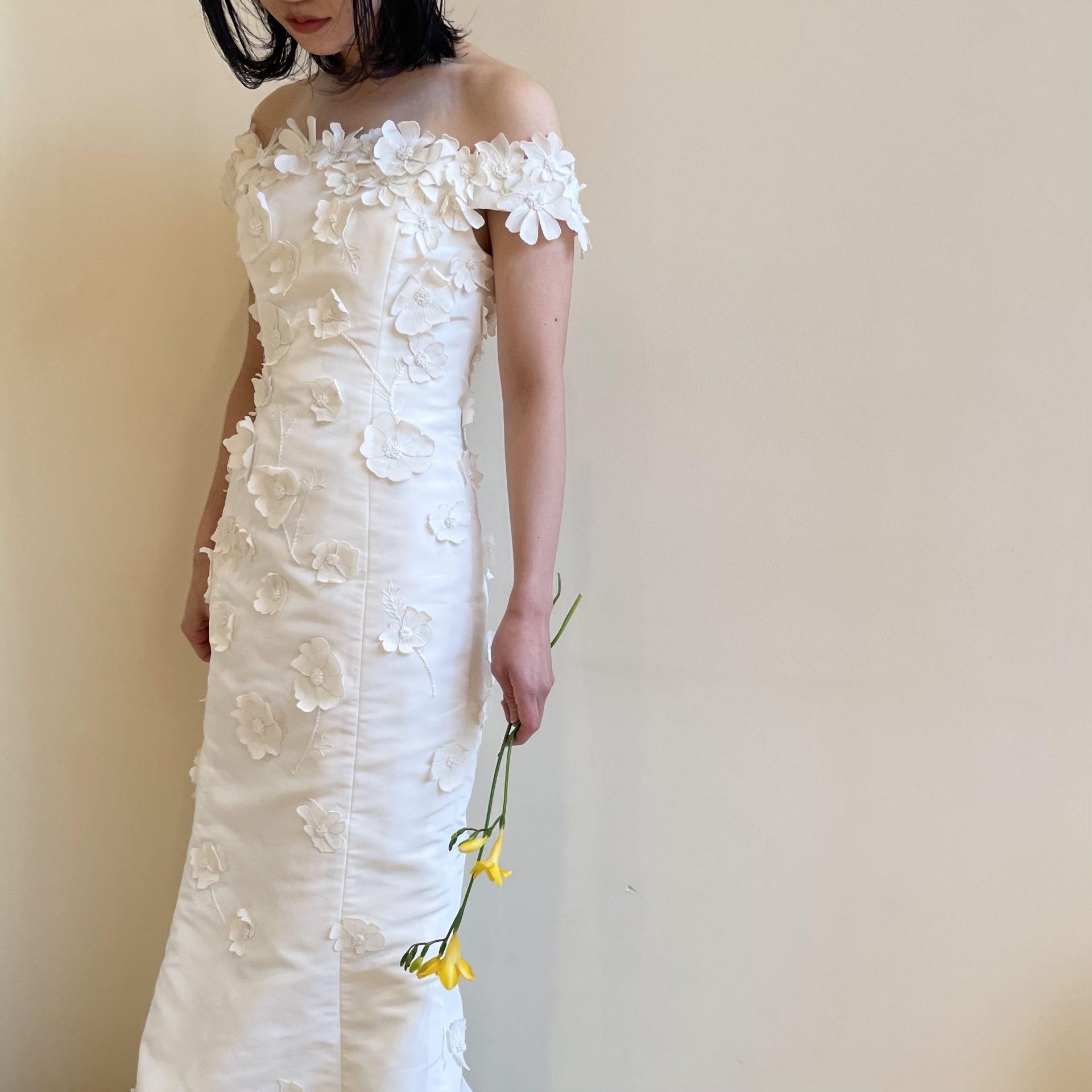 トリートドレッシング京都店でお取り扱いのあるサテンのマーメイドドレスのご紹介