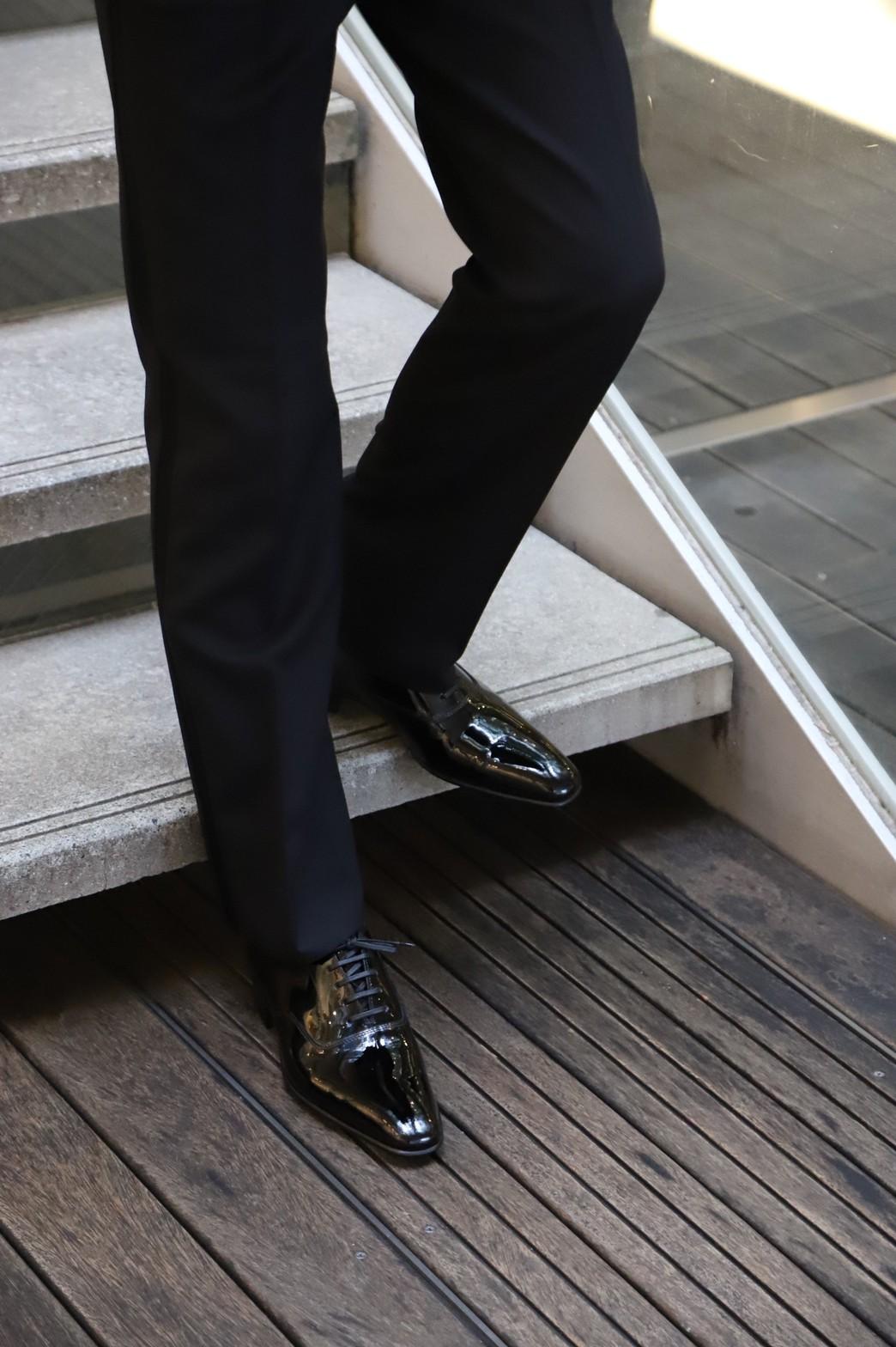 ザトリートドレッシング京都店がご紹介するご新郎様におすすめのイタリアブランド il micio (イルミーチョ)のレースアップシューズをタキシードに合わせたフォーマルスタイル