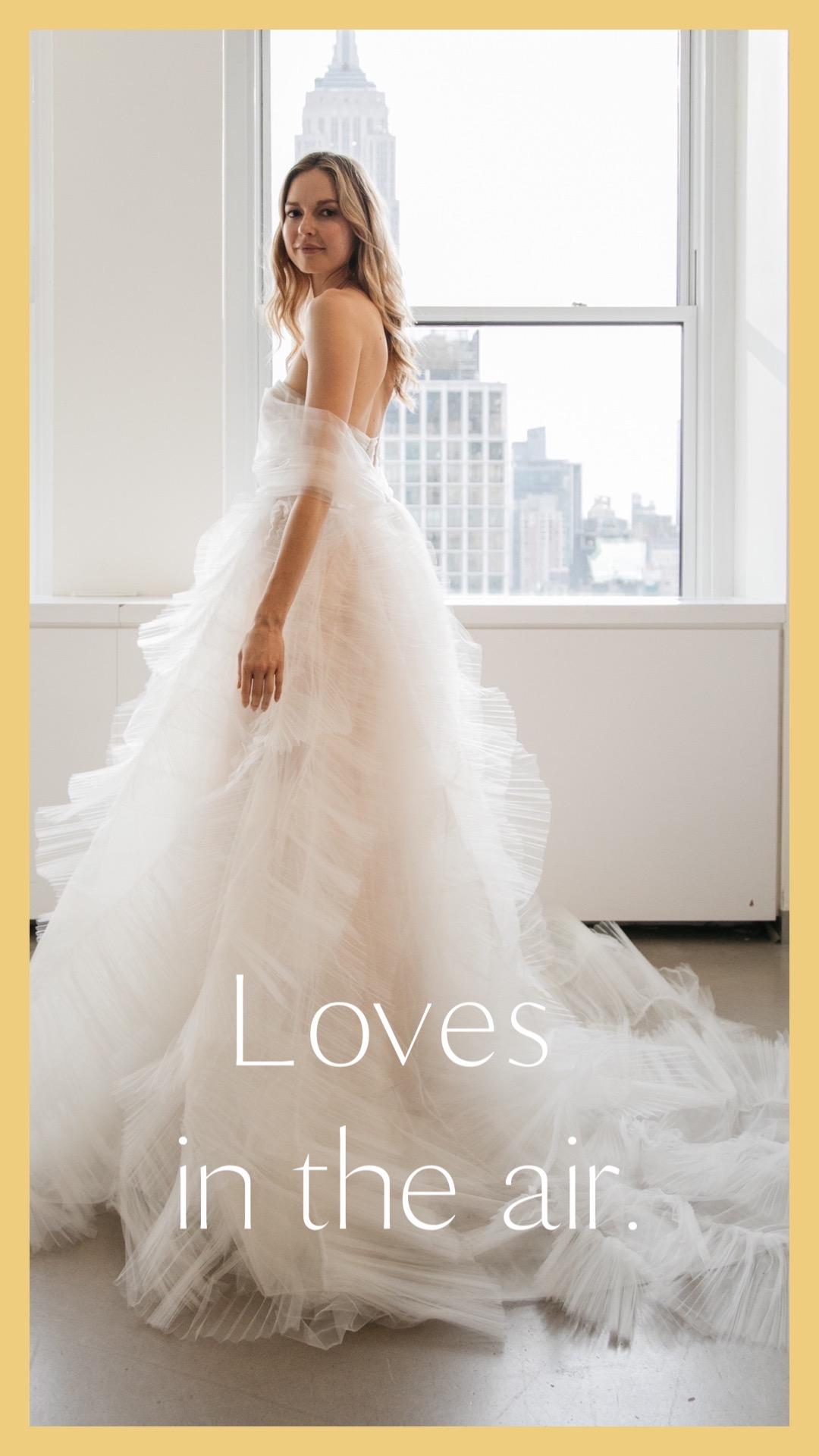 オスカーデラレンタのドレスのご紹介