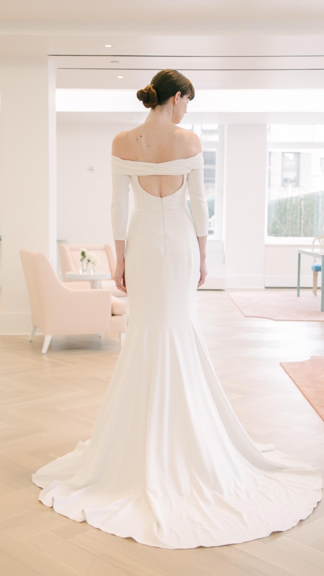 キャロリーナ・へレラのウェディングドレス