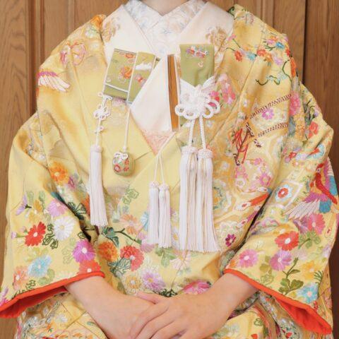 THE TREAT DRESSING名古屋店でおすすめの相良刺繍が美しい黄色の色打掛のコーディネート