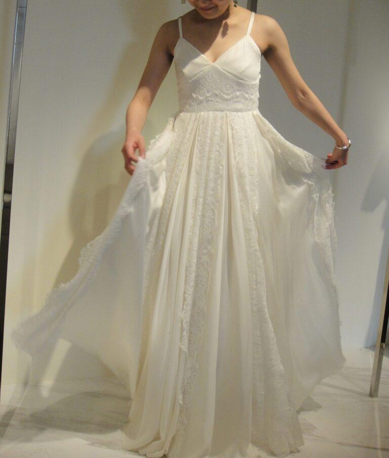 HOUGHTON BRIDE(ホートン ブライド) Delphina ウェディングドレスのご紹介