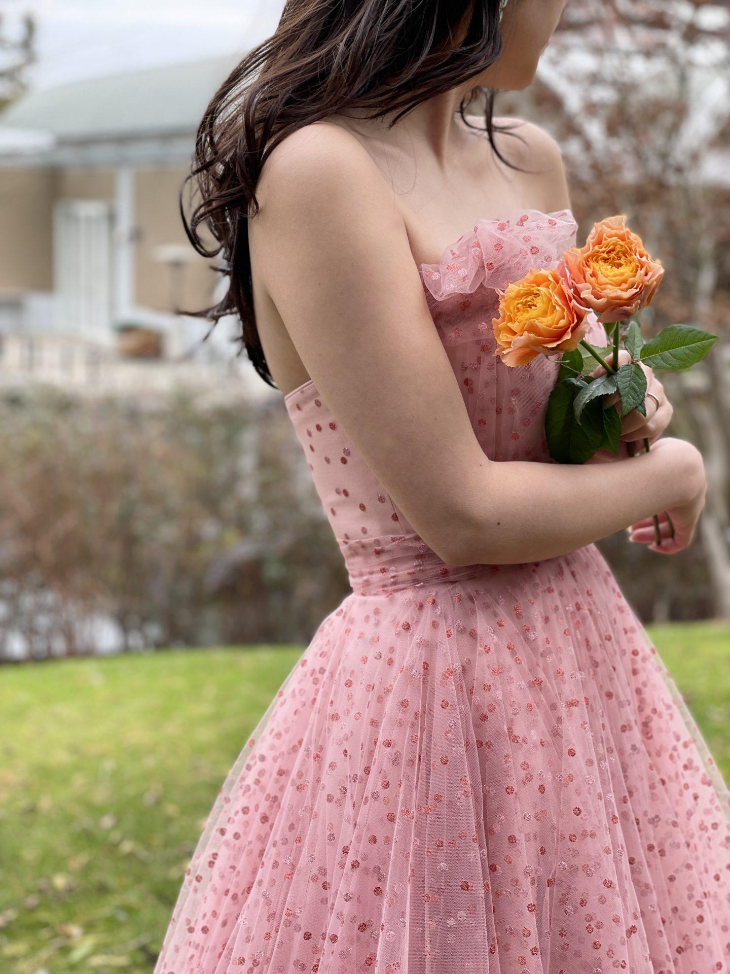 関西の自然溢れる結婚式場に合うインポートのカラードレスのご紹介