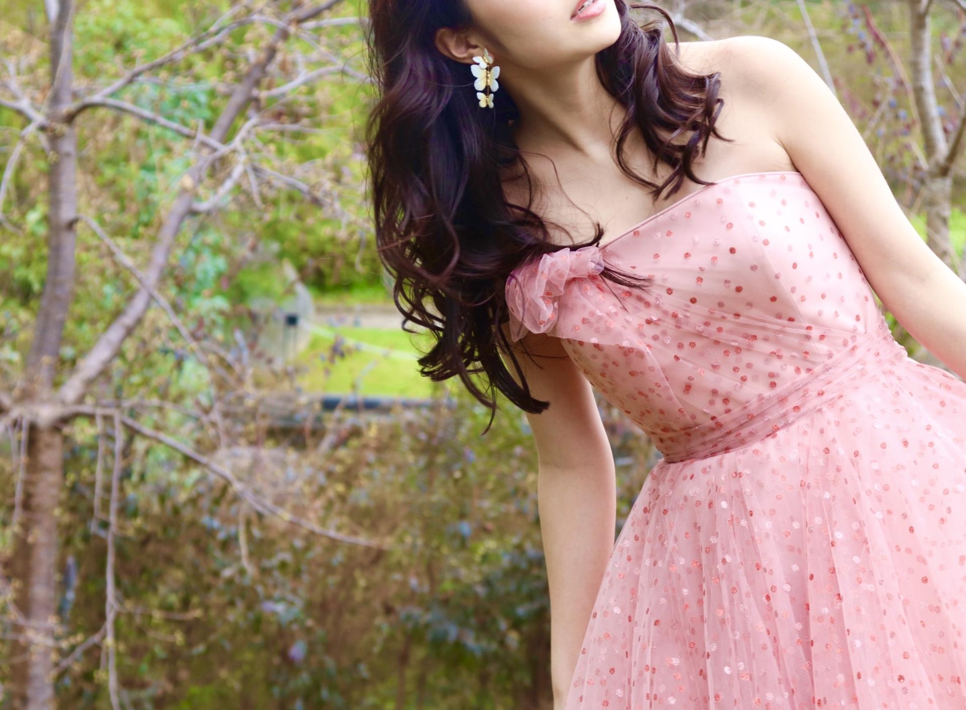 鶴見ノ森迎賓館におすすめのザ・トリート・ドレッシングから新作のチュールでAラインのピンクのカラードレス