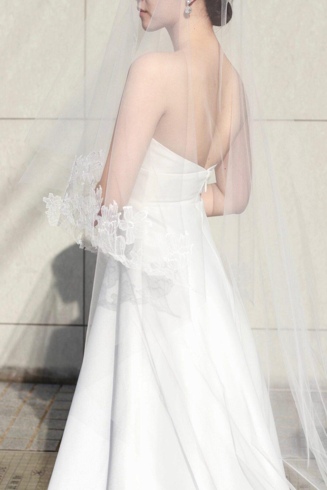 トリートメゾンの新作オリジナルベールは、花嫁の顔近くにレースが入るようにデザインされているので写真にも映えます。
